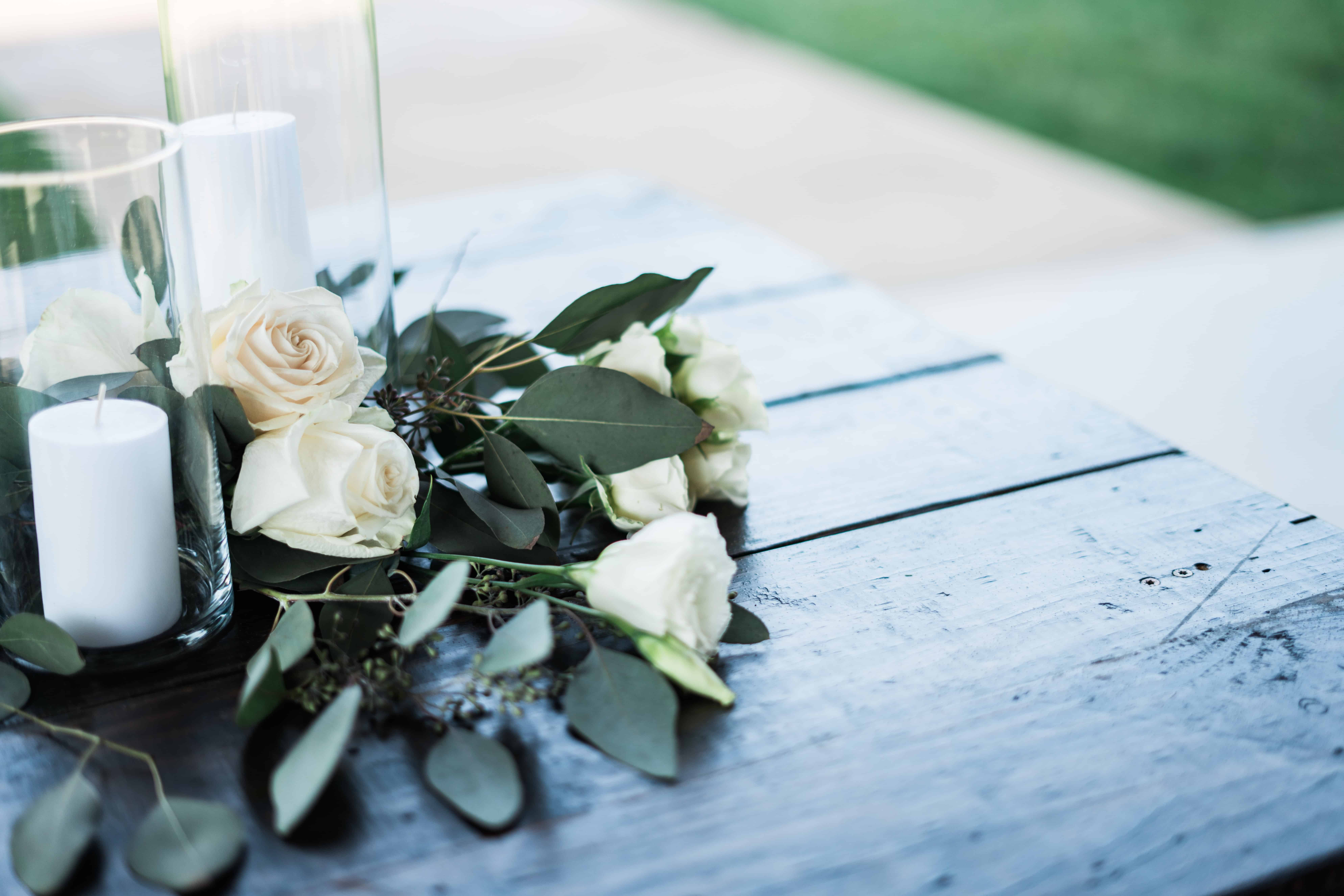White rose colour meaning